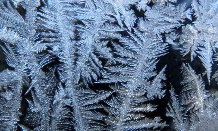 1-window-frost