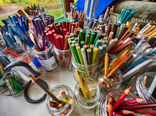 Fall Foliage Art Tour - Work table for artist Roland Coates.